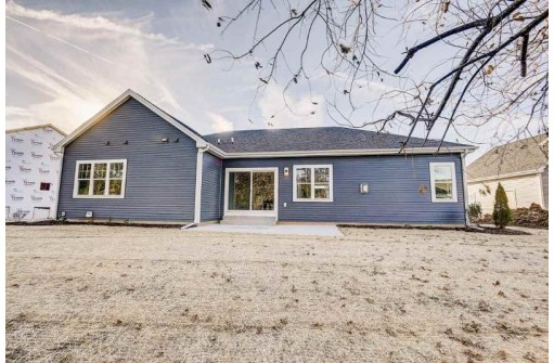 426 Peterson Tr, Oregon, WI 53575