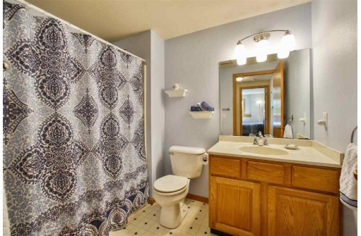 1624 Erin Hill, Stoughton, WI 53589