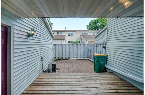 222 Grand Canyon Dr, Madison, WI 53705