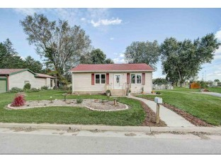 1009 Center St Black Earth, WI 53515
