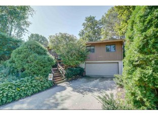 1214 Salisbury Pl Madison, WI 53711