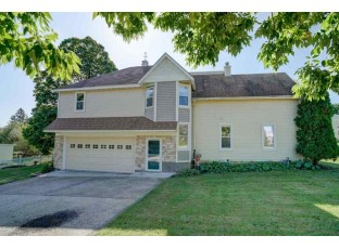 201 S 6th St Mount Horeb, WI 53572