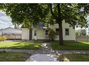 113 W High St Mazomanie, WI 53560