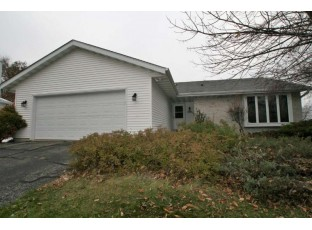 2614 Wentworth Dr Madison, WI 53719