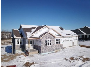 4427 Eagle Ridge Ln Windsor, WI 53598