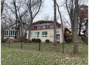 2703 Tower Rd McFarland, WI 53558