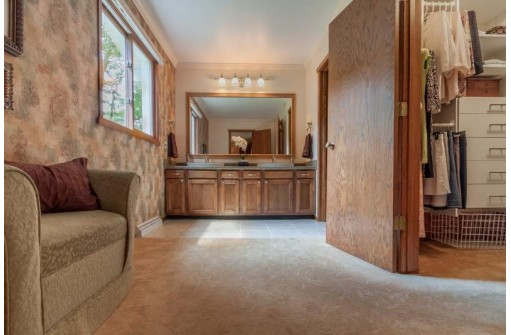 3637 Mathias Way, Verona, WI 53593