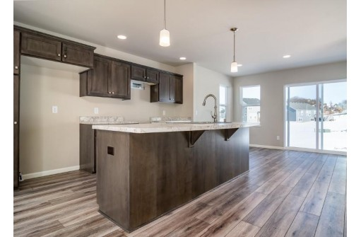 6977 Crystal Creek Ln, DeForest, WI 53532
