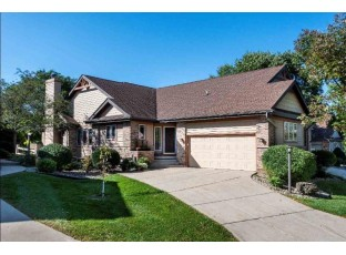 3046 Woods Edge Way Fitchburg, WI 53711