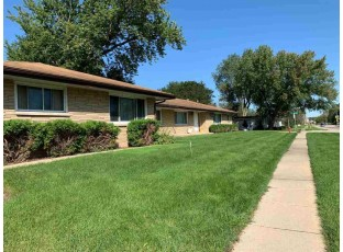 2170-2174 Allen Blvd Middleton, WI 53562