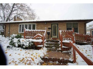 520 S 4th St E Fort Atkinson, WI 53538