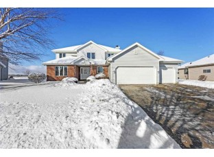 426 Augusta Dr Madison, WI 53717