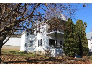 1021 Water Ave Hillsboro, WI 54634