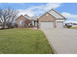 1370 Connemara Ln Oregon, WI 53575