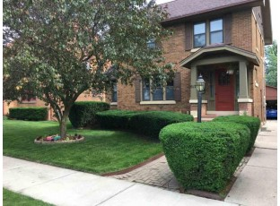 617 W Maple Ave Beaver Dam, WI 53916