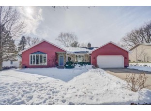 7621 Kenyon Dr Middleton, WI 53562