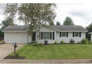 1728 Ontario Dr Janesville, WI 53545