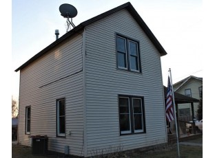 434 West Ave Mauston, WI 53948