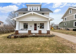 205 S 6th St Mount Horeb, WI 53572
