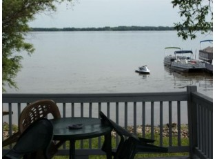 W913 W North Shore Dr 5 Montello, WI 53949