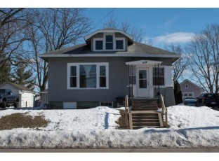 324 Division St Mauston, WI 53948