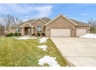 2706 Fawn Ct Beloit, WI 53511