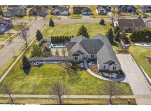 101 Valley View Rd Mount Horeb, WI 53572