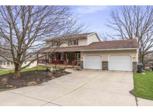 2898 Glacier Valley Rd Fitchburg, WI 53711
