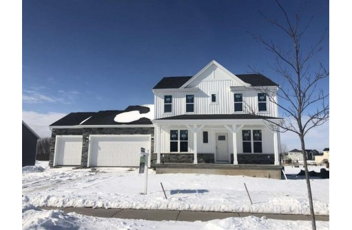 6647 Wolf Hollow Rd, Windsor, WI 53598