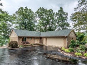 28677 Northern Bluff Drive Gobles, MI 49055