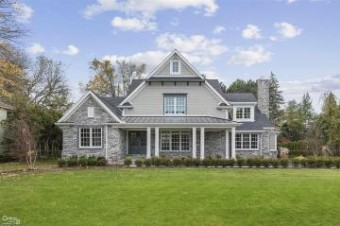 55 Renaud Grosse Pointe Shores, MI 48236