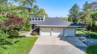 422 Ruddiman Drive North Muskegon, MI 49445