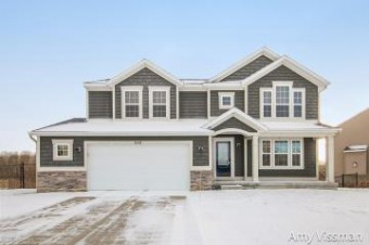 848 Scottview Comstock Park, MI 49321