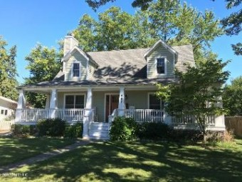 407 S Elm Street Three Oaks, MI 49128