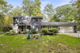 5715 Fawn Lake Road Shelbyville, MI 49344