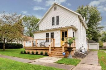 104 E Locust Street Three Oaks, MI 49128