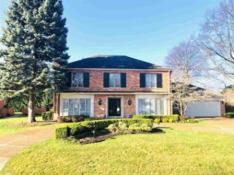 55 Webber Pl. Grosse Pointe Shores, MI 48236