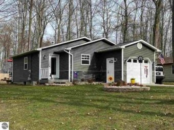 3939 White Birch Drive Grawn, MI 49637