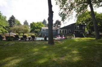 2132 Bel Aire West Bloomfield Township, MI 48323