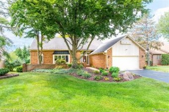 5059 Champlain Cir West Bloomfield Township, MI 48323
