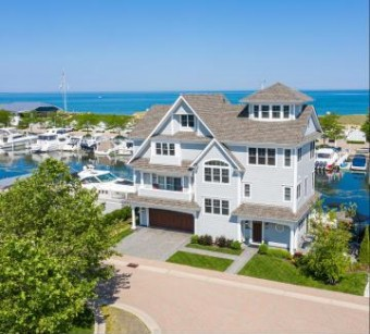 30 Peninsula Drive New Buffalo, MI 49117