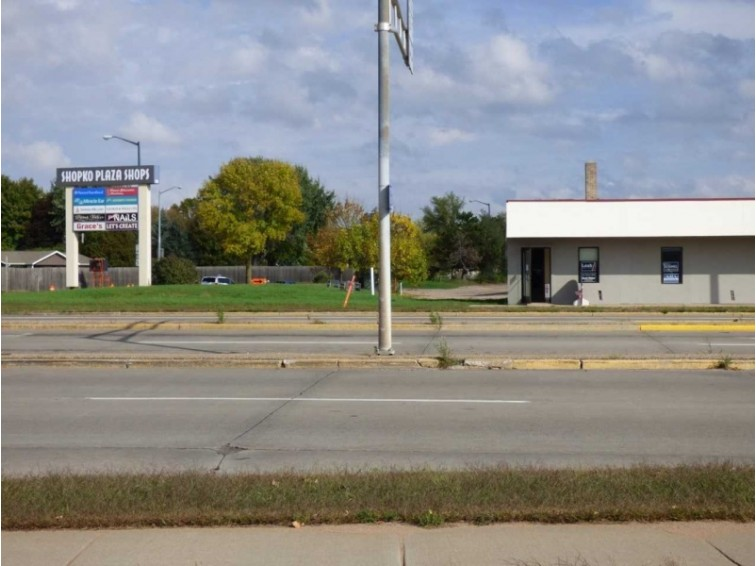1335 S 8th Street, Wisconsin Rapids, WI by First Weber Real Estate $15