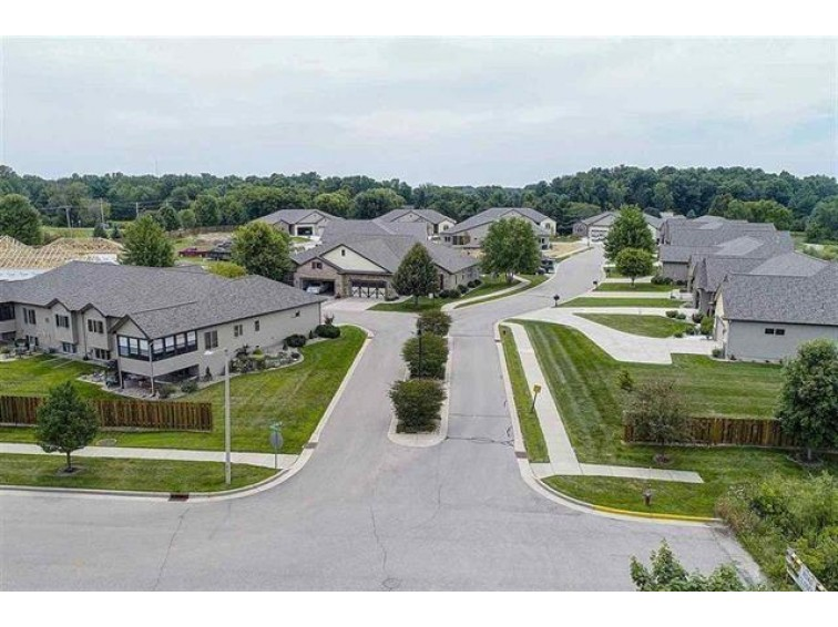 6886 Tuscan Ridge Cir DeForest, WI 53532 by Re/Max Preferred $424,900