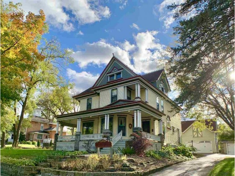115 Prairie St Lodi, WI 53555 by First Weber Real Estate $350,000