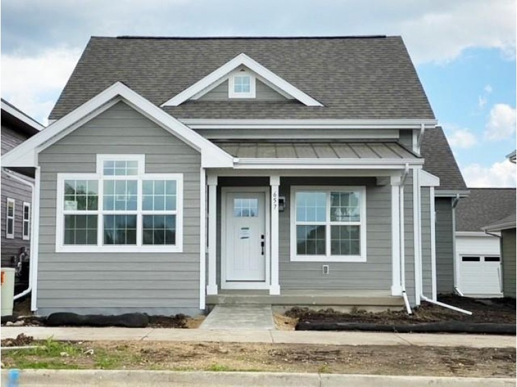 657 Burnt Sienna Dr Middleton, WI 53562 by Encore Real Estate Services, Inc. $374,900