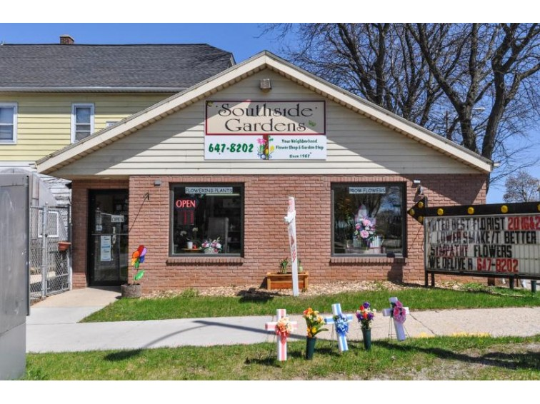 1576 W Oklahoma Ave, Milwaukee, WI by Shorewest Realtors - South Metro $199,900