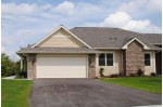 2826 W Villa Dr, Franklin, WI by Foundations Realty Group Llc $372,900