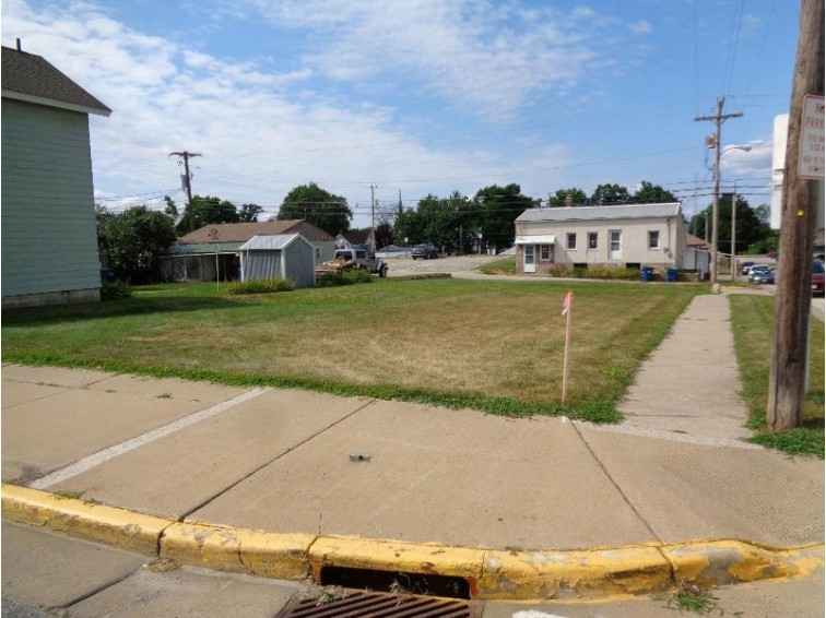 103 15th Ave N, Bangor, WI by Coldwell Banker River Valley, Realtors $30,000