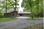 1604 S Honey Lake Rd, Burlington, WI by Becker Stong Real Estate Group, Inc. $599,000