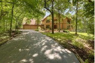 S1W31449 Hickory Hollow Ct